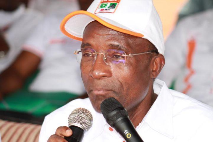 Kabadougou: un ministre face à deux dames