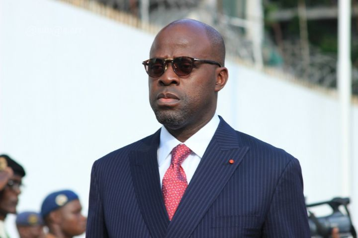 Côte d'Ivoire : la mutinerie des soldats s'étend, le gouvernement entame des négociations