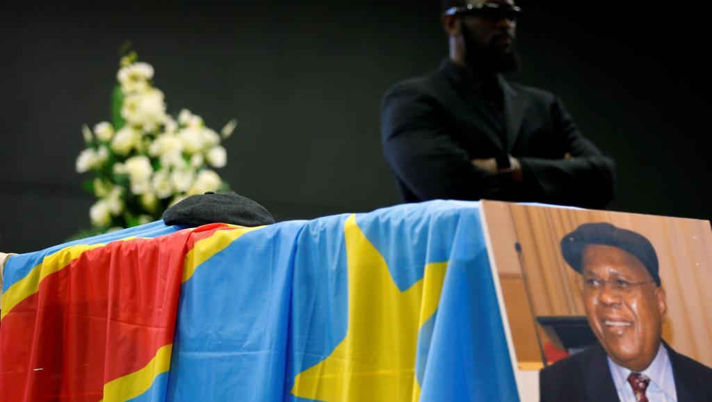 Etienne Tshisékédi: Un cadavre en otage