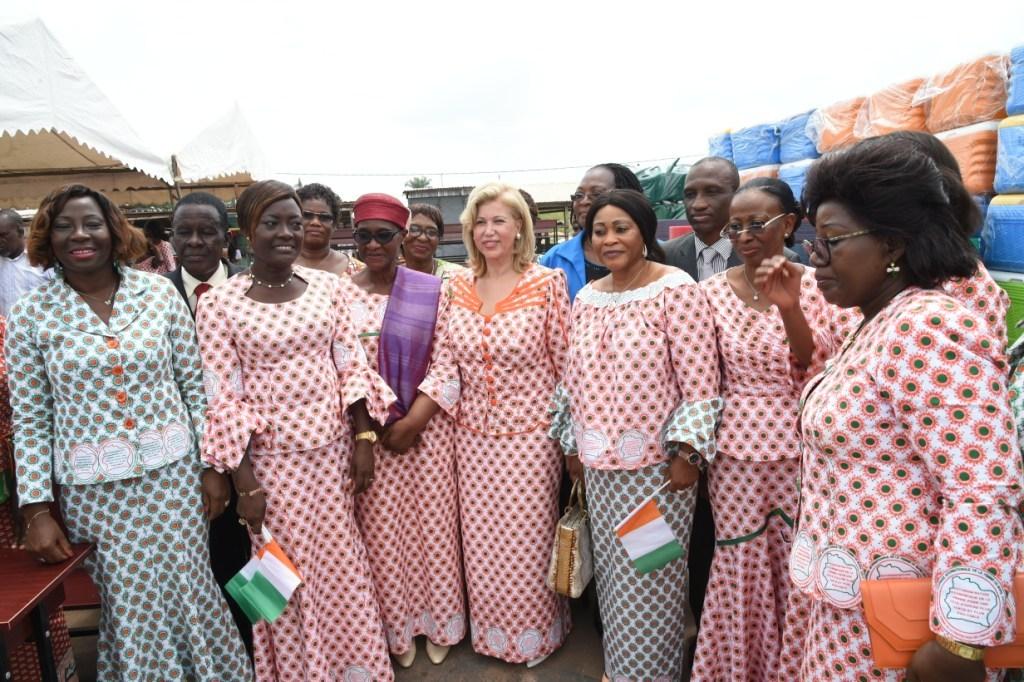 Dominique Ouattara réaffirme sa confiance aux femmes et fait d'importants dons