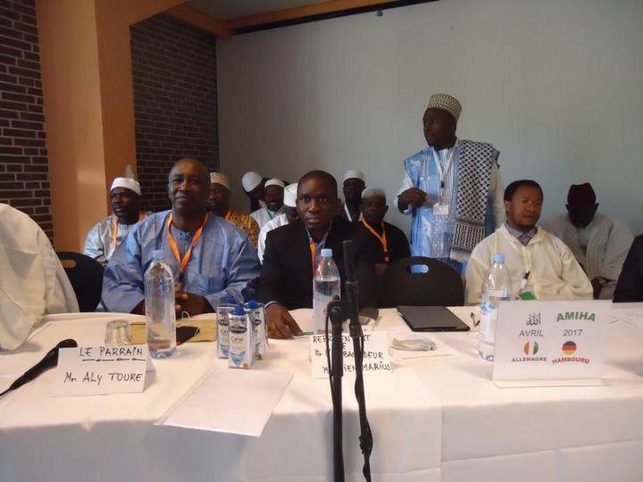Les Musulmans prient pour le Président Alassane Ouattara et son Premier Ministre Amadou Gon Coulibaly