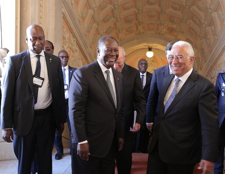Le Chef de l'Etat a eu un entretien avec le Premier Ministre portugais et a reçu la Clé de la ville de Lisbonne