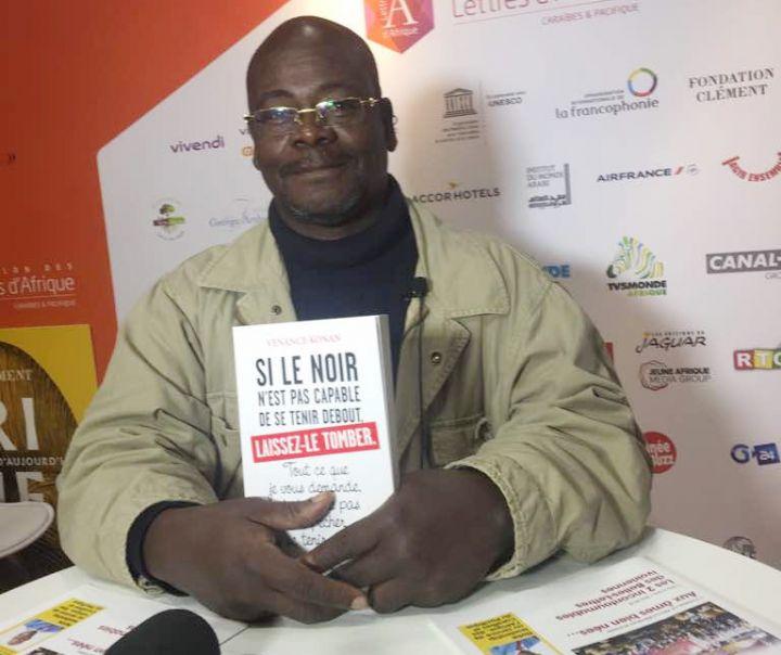 « Si le Noir n'est pas capable de se tenir debout, laissez-le tomber », le nouvel essai de Venance Konan sorti chez Michel Lafon