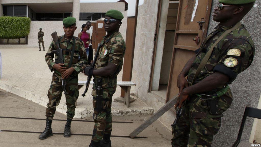 Côte d'Ivoire: des militaires inculpés pour un bizutage meurtrier