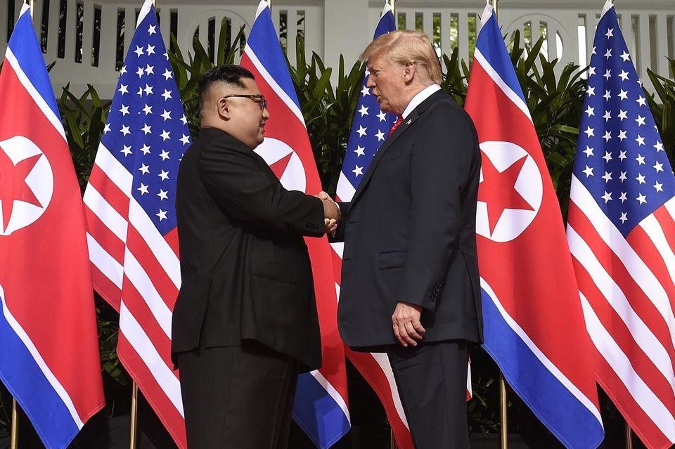 Donald Trump et Kim Jong Un : ce qu'il faut retenir de leur sommet historique
