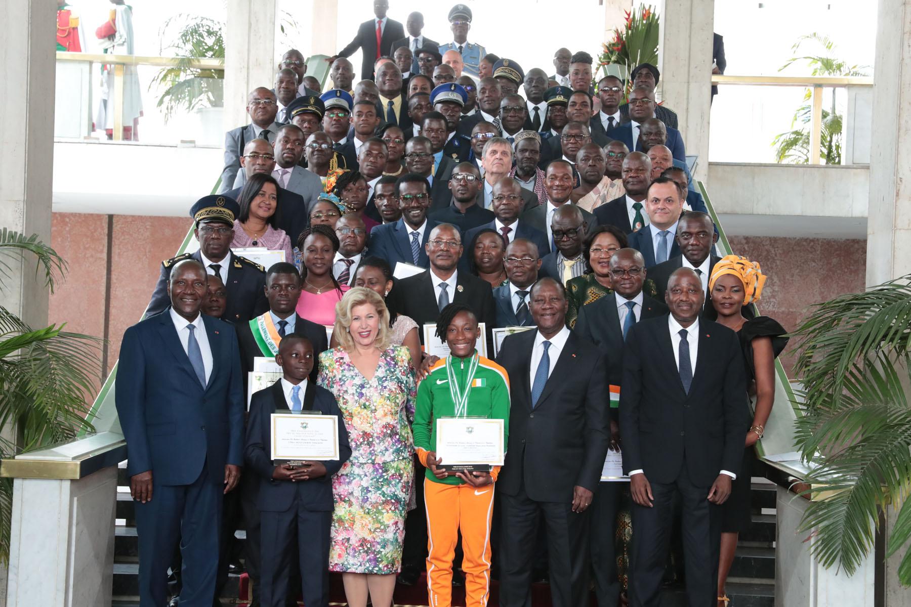 Côte d'Ivoire - Journée nationale d'Excellence 2018:  Le gouvernement honore 77 modèles