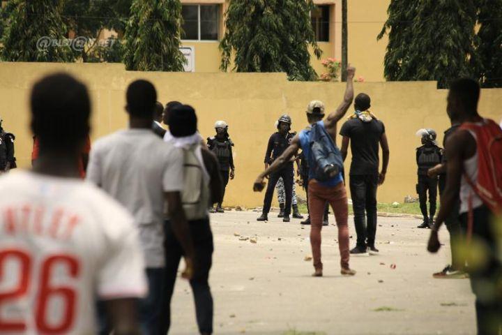 Violente altercation entre la Fesci (mouvement estudiantin) et les forces de l'ordre
