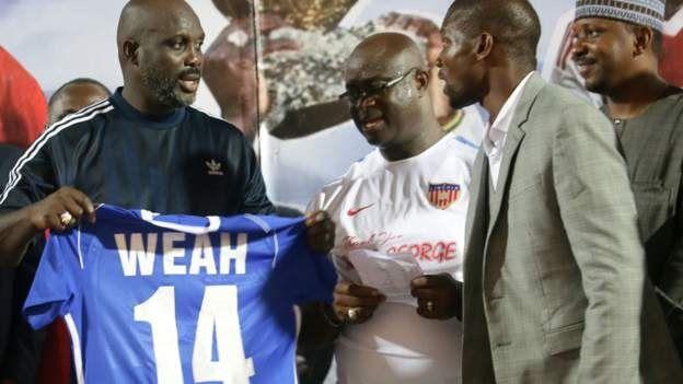Weah joue pour le Liberia à 51 ans