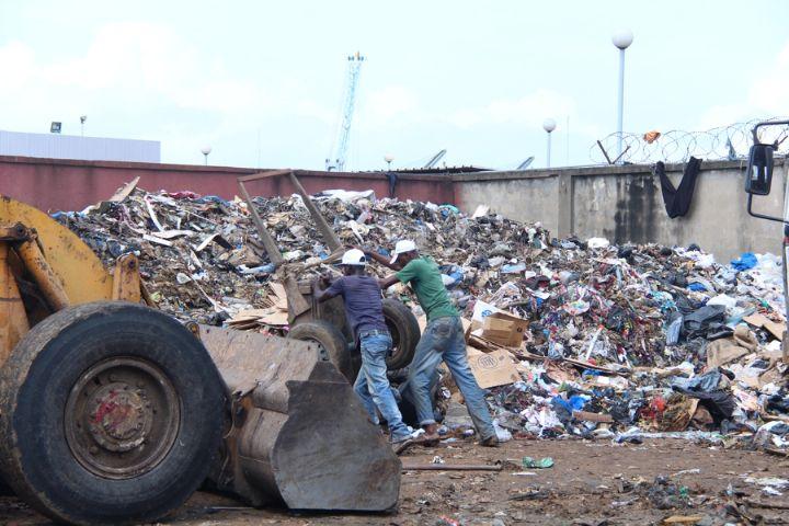 Pierre à pierre, nous devons construire un environnement salubre et sain, il y va de notre santé.