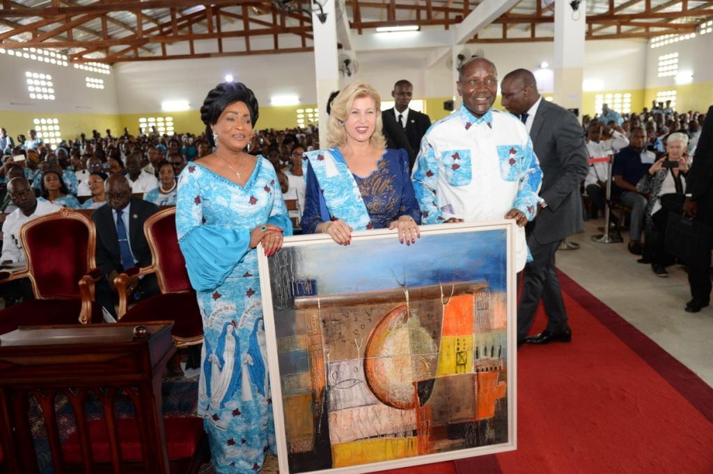 Côte d'Ivoire-Toumodi  : La Première Dame préside la consécration de la nouvelle chapelle d'Assounvouè
