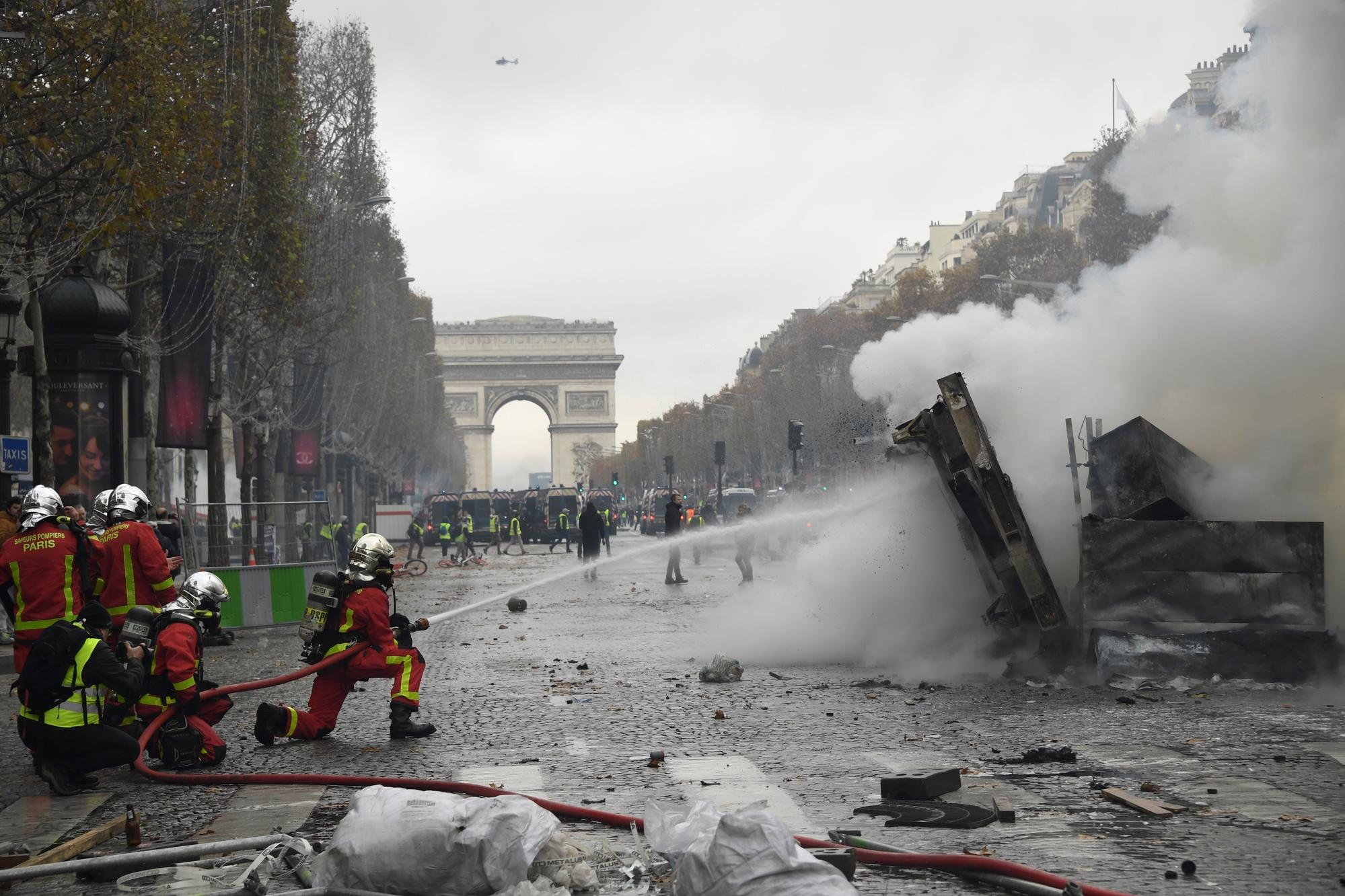 Rions un peu : «l'Afrique  Préoccupée » par la situation  en France