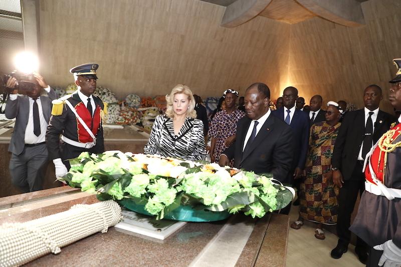 Le Chef de l'Etat a pris part aux cérémonies commémoratives du 25e anniversaire du décès du Président Félix HOUPHOUËT-BOIGNY, à Yamoussoukro