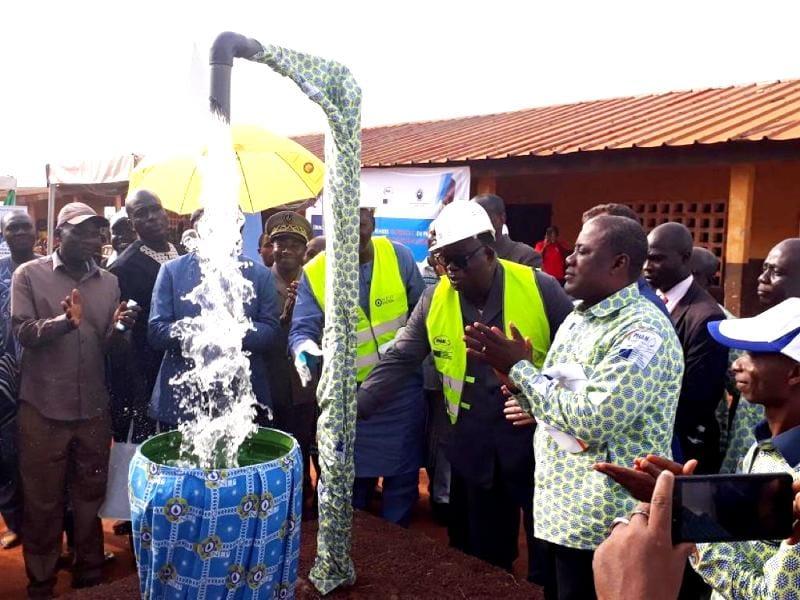 Eau potable : 80 adductions d'eau remises et 500 forages lancés dans la région  de Man
