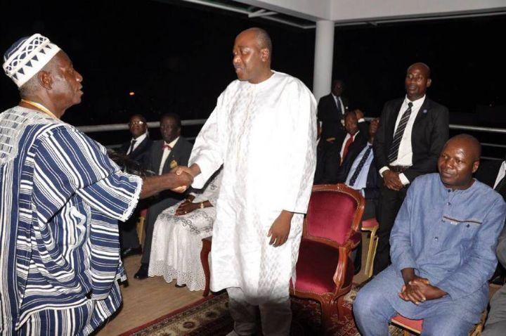 Le Premier Ministre Amadou Gon Coulibaly annonce aux chefs traditionnels la construction du nouveau CHR de Man