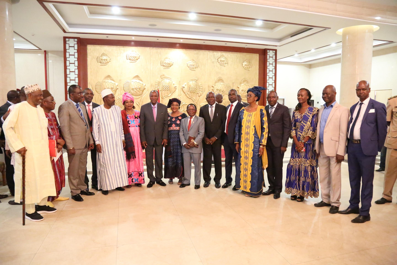 Sékhoutouréya :  Les diplomates et les institutions présentent leurs voeux au Président Alpha Condé