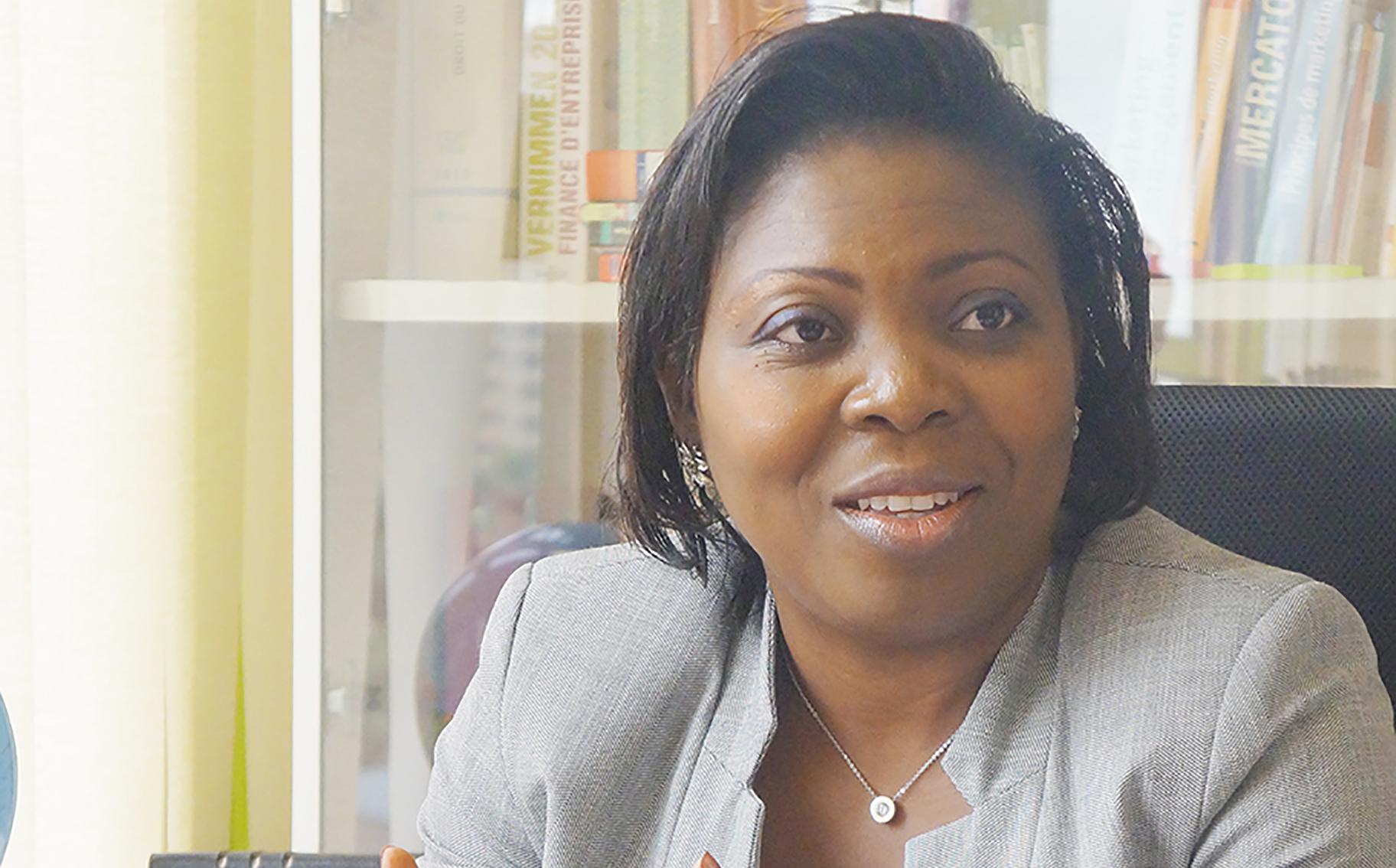 Cameroun : Viviane Ondoua Biwole limogée de l'ISMP après avoir témoigné qu'une femme pouvait succéder à Paul Biya