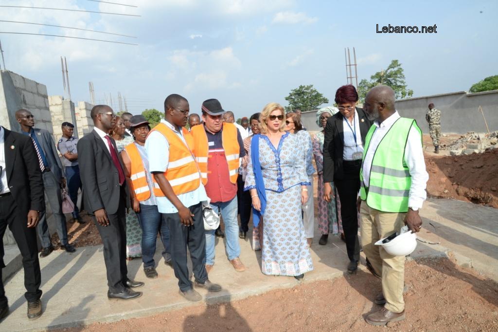 Prise en charge des enfants en difficulté:La Première Dame a visité le chantier du centre d'accueil de Bouaké