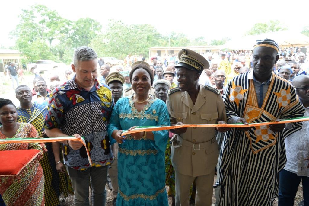 Côte d'Ivoire : Une école primaire inaugurée dans le village de N'dri Koffikro (zone cacaoyère) près de Guitry