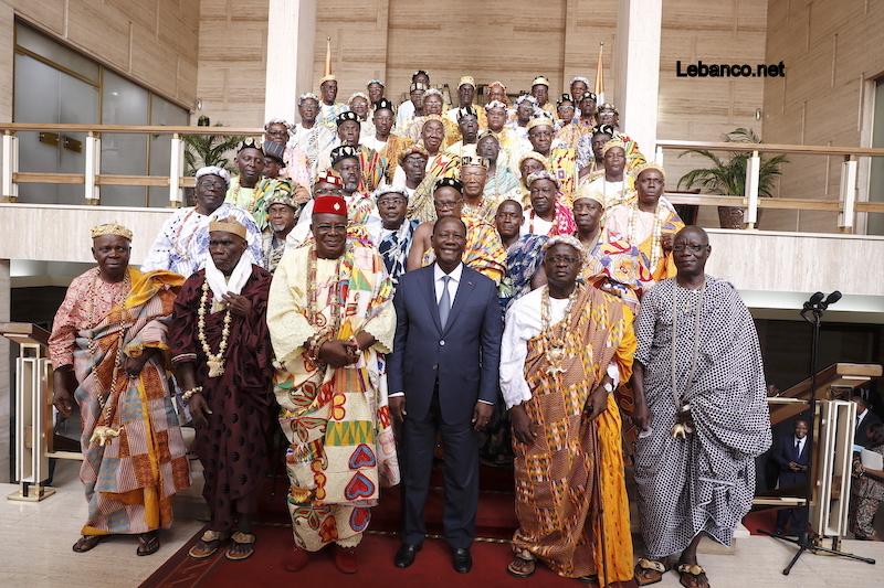 Le Chef de l'Etat a échangé avec les Chefs Traditionnels du District Autonome d'Abidjan, des Régions des Grands Ponts et du Sud Comoé