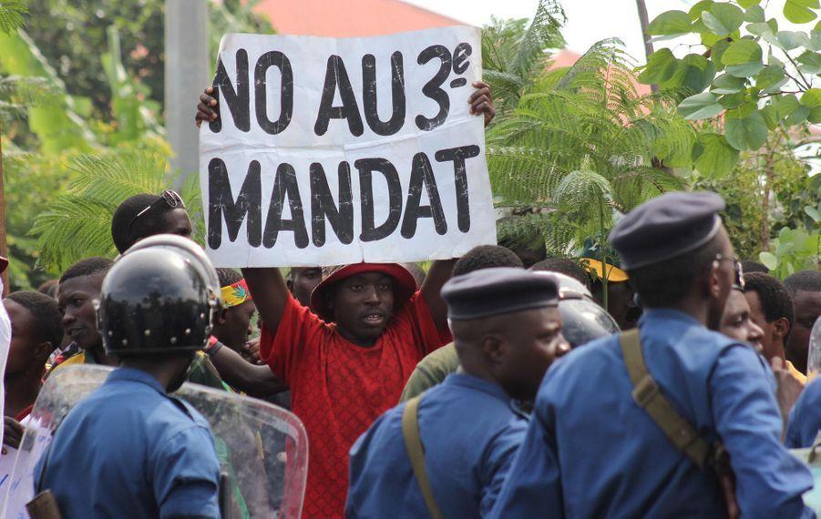 Guinée - Fronde anti 3ème mandat: après les artistes, les « amazones » de l'opposition viennent grossir les rangs