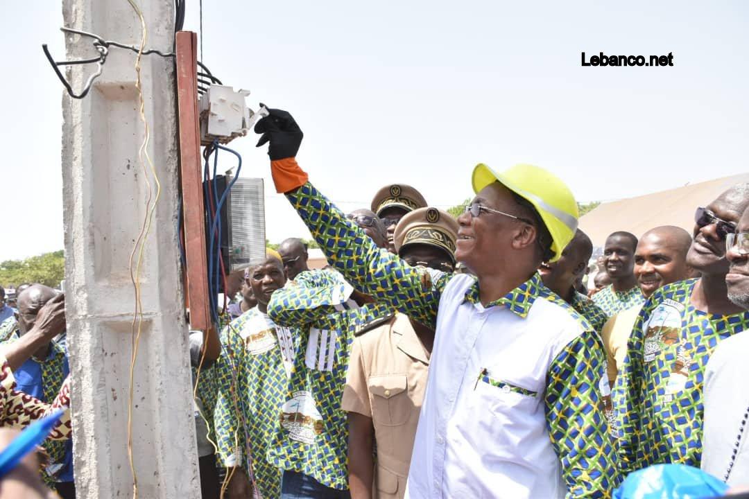 Côte d'Ivoire : Bruno Koné célèbre la lumière à Timboroni