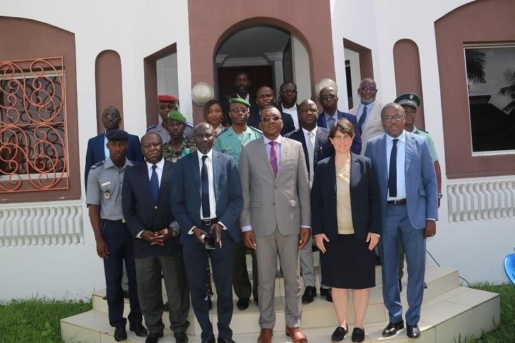 La ComNat-ALPC et l'ONUDC renforcent les capacités des différentes Forces sur le modèle standard de collecte de données sur les flux illicites d'armes à feu