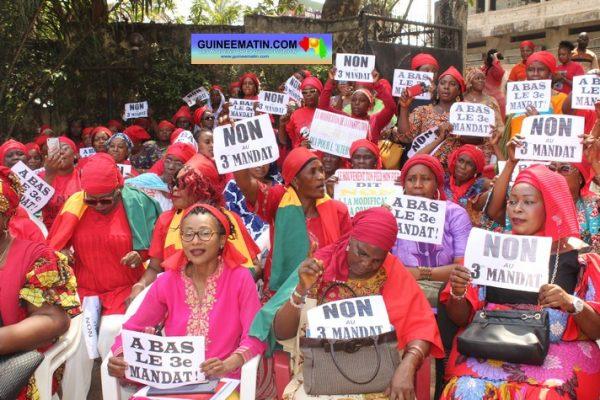 La Guinée danse sur un volcan