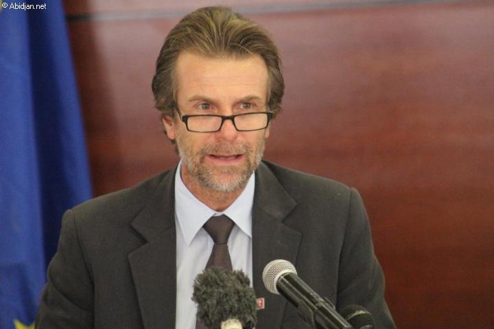 L'UE suspend son aide financière à l'armée malienne