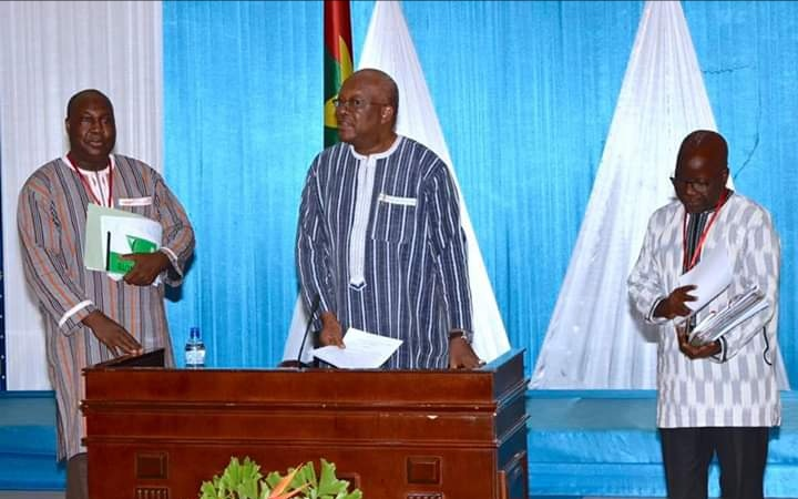 Burkina : Majorité et Opposition à la table du dialogue