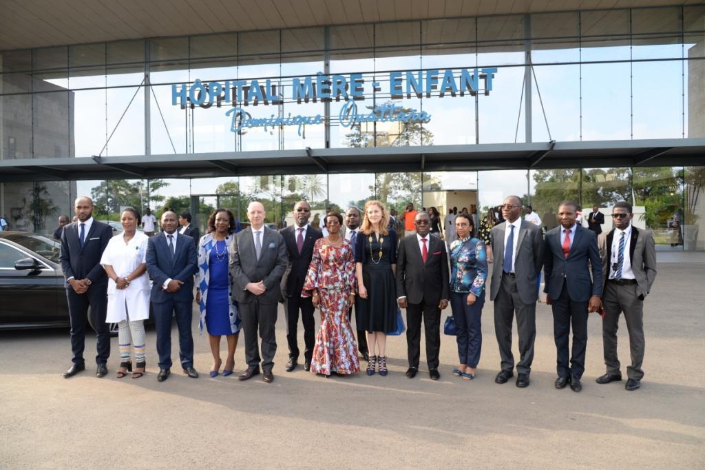 Santé   : La Princesse de Jordanie visite l'Hôpital Mère-Enfant de Bingerville