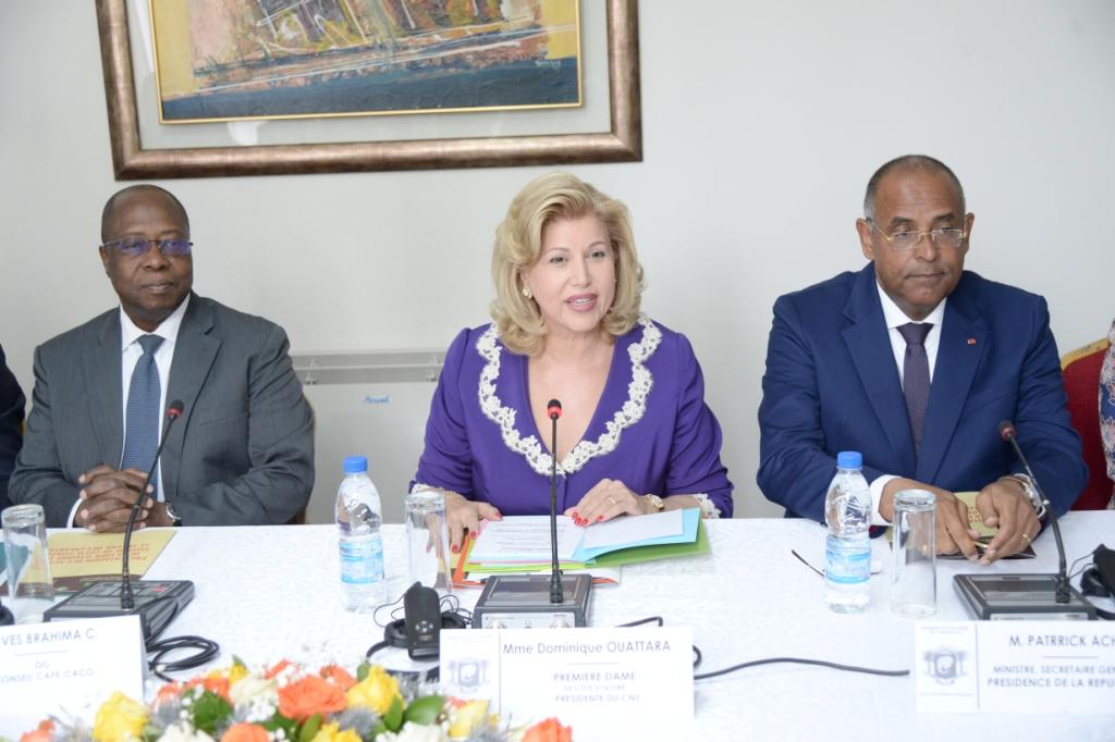 Côte d'Ivoire/ Entrepreneuriat féminin : Dominique Ouattara fait le bilan du fonds d'appui aux femmes à des députés américains