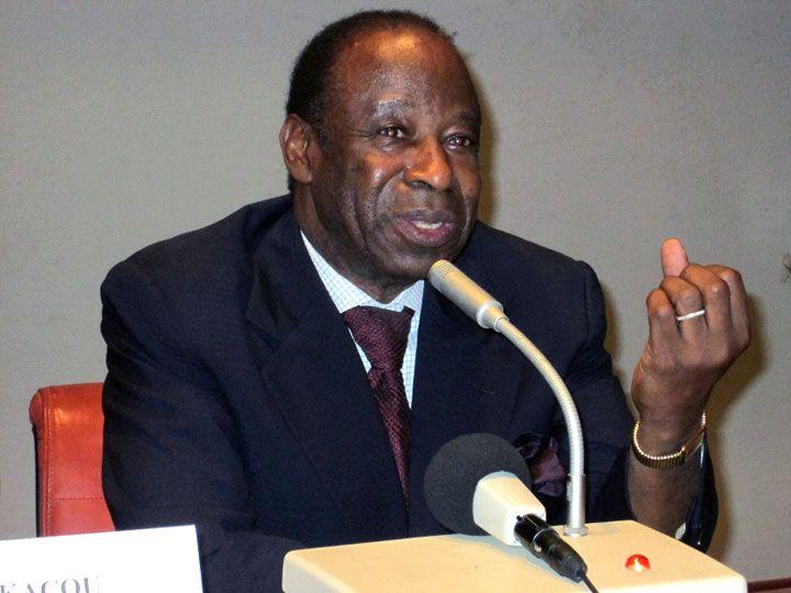 Relations entre le président Felix Houphouët-Boigny et le président Jacques Chirac / Le ministre Essis Amara fait des révélations : « Comment Houphouët et Chirac se sont rencontrés »