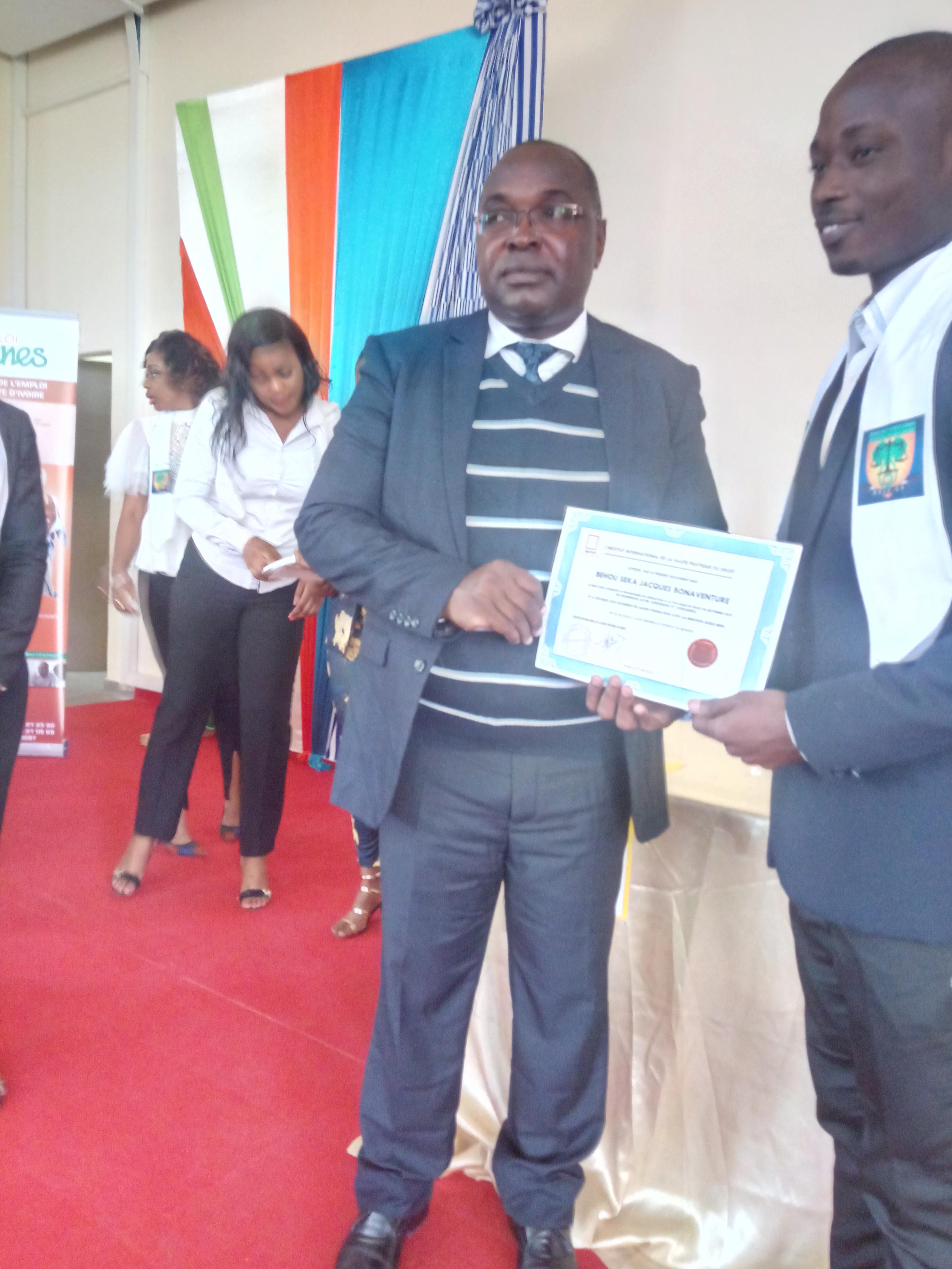 Côte d'Ivoire/ Enseignement supérieur Kouakou Eloi Yao( ex-Doyen de faculté de droit): «Aujourd'hui, on a une race d'étudiants tricheurs .....»