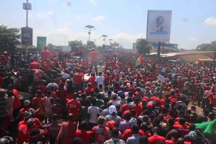 En Guinée, la pression de la rue sur Alpha Condé ne faiblit pas....