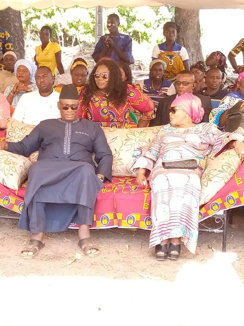 Korhogo/ Localité de Ponvogo : Mme Assétou Gon Coulibaly communie avec les populations