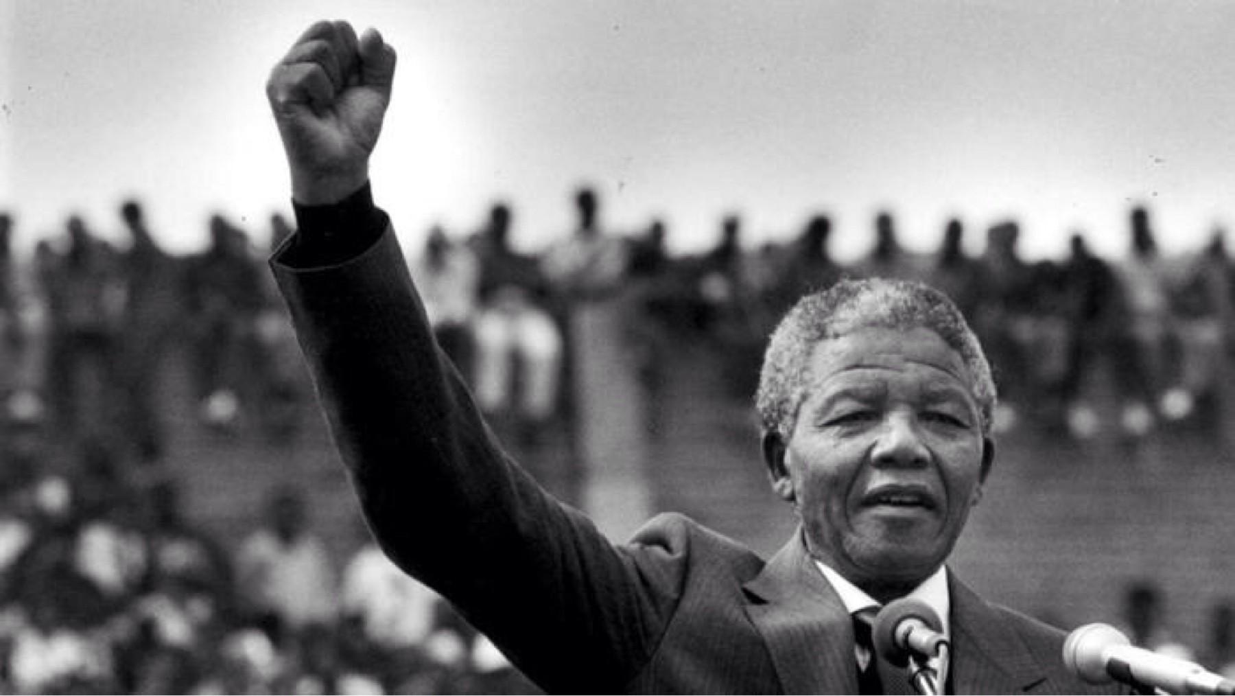 Il y a 30 ans, Nelson Mandela, le fantôme noir de Soweto, était libéré