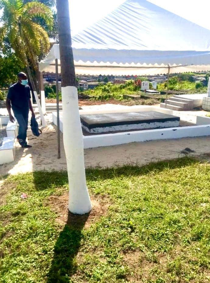 Deuil: Le Cheick Fofana inhumé dans l'intimité familiale
